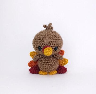Terrence the Amigurumi Turkey Crochet Pattern by TheresasCrochetShop