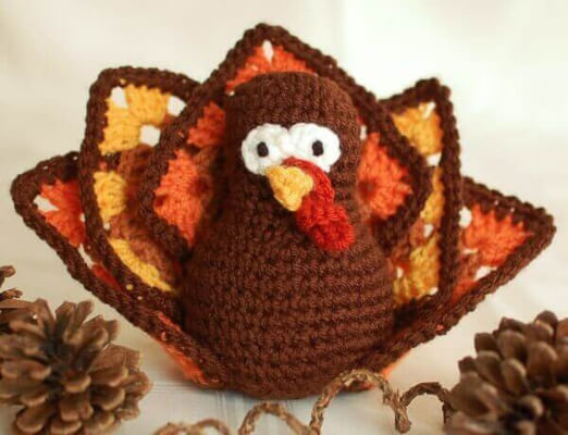 Thanksgiving Crochet Turkey Pattern from Petals to Picots