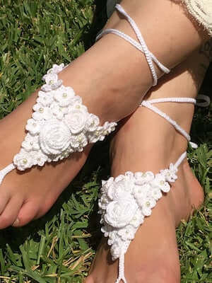 Barefoot Sandals Crochet Pattern by Blooming Rosebuds