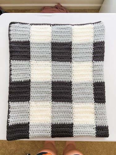 Cheaters Gingham Blanket Crochet Pattern by Sigoni Macaroni