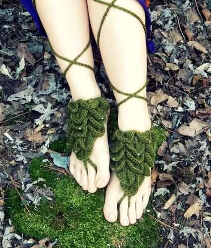 Crocodile Stitch Crochet Barefoot Sandals Pattern by Morale Fiber