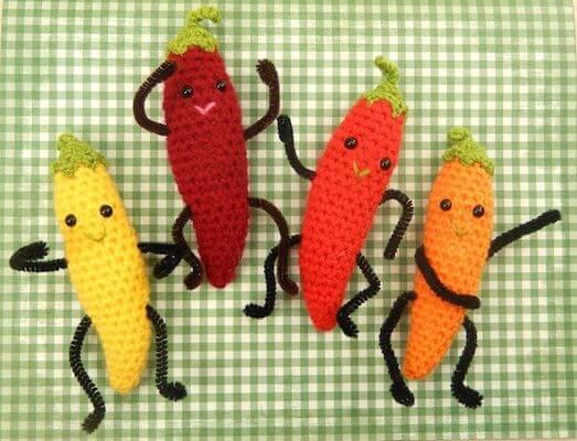 Dancing Chili Crochet Pattern by Moji Moji Design