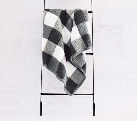 Farmhouse Blanket Gingham Crochet Pattern by Yarn Blossom Boutique