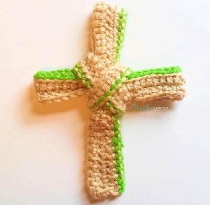 Palm Free Crochet Cross Pattern by Crochet Verse
