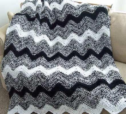 Black And White Ripple Blanket Crochet Pattern by Design City
