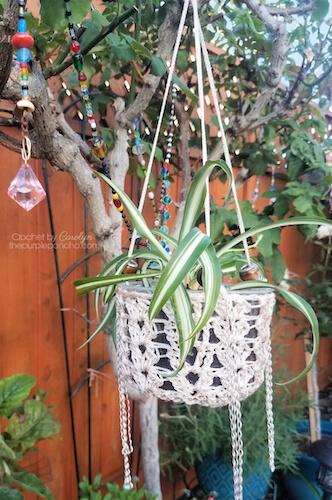 Boho Plant Hanger Free Crochet Pattern by The Purple Poncho