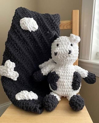 Free Crochet Cow Blanket Pattern by Lion Brand