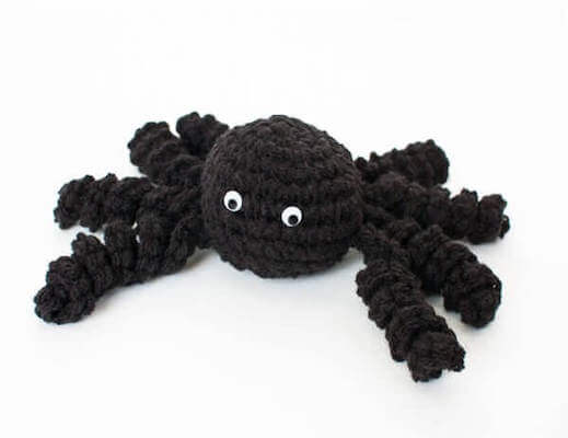 Crochet Spider Pattern by Petals To Picots
