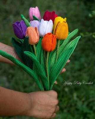Crochet Tulip Bouquet Pattern by Happy Patty Crochet