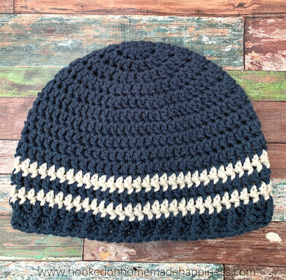Easy Men's Beanie Free Crochet Pattern by Hooked On Homemade Happiness