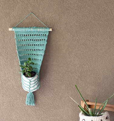 Faux Macrame Crochet Wall Hanging Planter Pattern by Whistle And Ivy