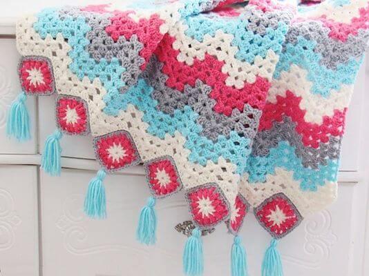 Free Crochet Ripple Blanket Pattern by Crochet Dreamz