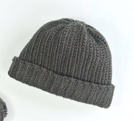 Free Men's Crochet Hat Pattern by The Spruce Crafts