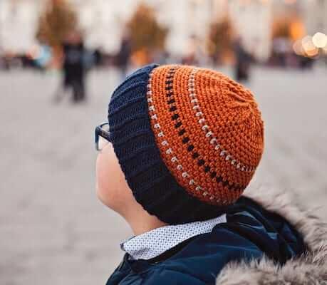 Lark In The Willow Hat Crochet Pattern by Mon Petit Violon