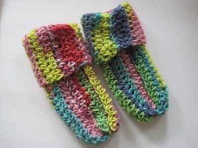 Super Simple Baby Socks Crochet Pattern by Crochet Spot Patterns